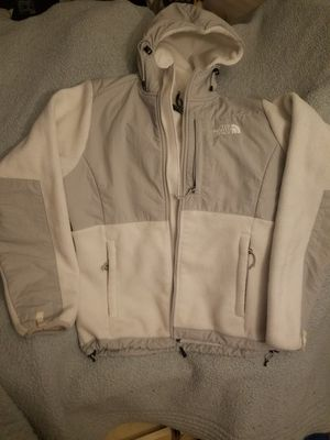 NORTHFACE JACKET WITH HOODIE for Sale in Sudley Springs, VA