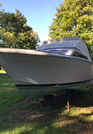30' boat for Sale in Trumbull, CT