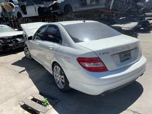 2011 c300 for parts only for Sale in Los Angeles, CA