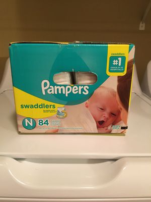 Pampers Diapers newborn (84 pack) for Sale in Las Vegas, NV