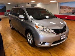 2012 Toyota Sienna • LE Minivan 4D for Sale in Manassas, VA