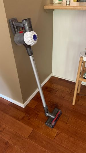 Dyson Vacuum V 6 for Sale in Boulder, CO