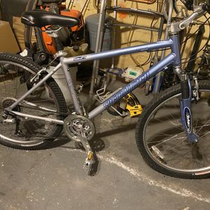 Mountain Bike for Sale in Lawrence, MA
