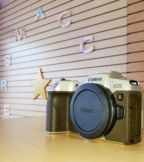 Canon EOS-RP Special Edition! (No Credit Needed.. Pay $39 down and take it home today)