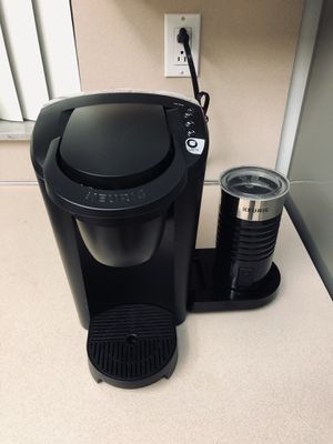 Keurig with latte maker for Sale in Miami, FL