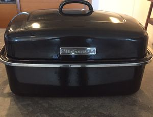KITCHENAID ROASTER DOME PAN for Sale in Miami, FL