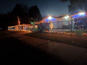 lucesitas de navidad son LED BARA *BARA*BARA for Sale in Dallas, TX