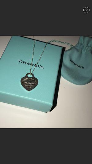 Tiffany & Co Heart Necklace for Sale in Carrollton, TX
