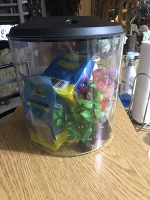 1.5 gallon fish tank for Sale in Kissimmee, FL