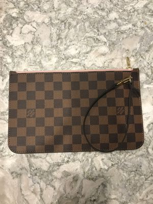 Louis Vuitton clutch for Sale in Northbrook, IL