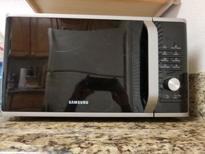 Samsung MS11K3000AS Microwave - 1.1 cu ft - Stainless Steel for Sale in Pompano Beach, FL