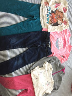 Girls~ Size 6 Disney Moana Osh Kosh Cat & Jack Outfits and Gray Pull Over Jacket for Sale in Henderson, NV