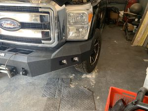 Ford front bumper smittybuilt m1 w/ plates ,led's and smittybuilt winch for Sale in Miami, FL