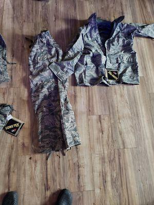 Gortex rain suits for Sale in Boerne, TX