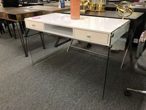 Contemporary glossy white finish desk for Sale in Irving, TX