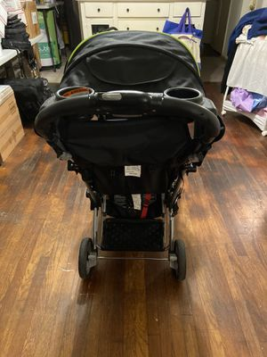Double stroller baby tend for Sale in Long Beach, CA