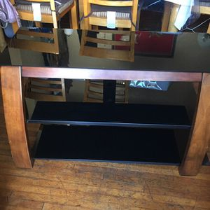Tv. Stand $45 for Sale in Los Angeles, CA