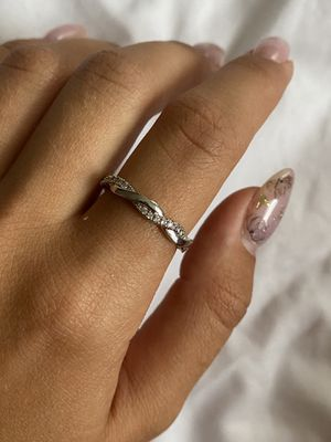 Sterling Silver 925 Women's Ring Size 7 for Sale in Brooklyn, NY