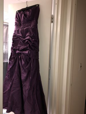 Plum satin dress for Sale in The Bronx, NY