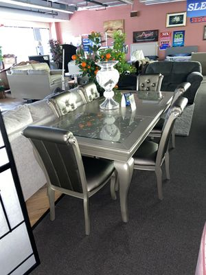 Table and 6 Chairs $1349 for Sale in Philadelphia, PA