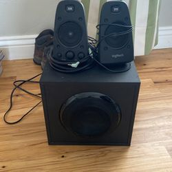 Free Logitech PC 2.1 Sound System for Sale in American Fork,  UT