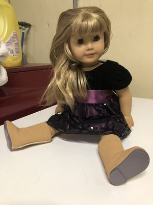 Original American Girl Doll with clothes and shoes for Sale in Hallandale Beach, FL