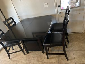 Kitchen table + 6 chairs for Sale in Fort McDowell, AZ