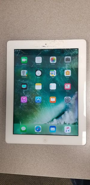 Apple iPad 4th gen - cracked glass for Sale in Richardson, TX