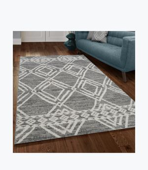 8x10 indoor outdoor knotted rug for Sale in Los Angeles, CA