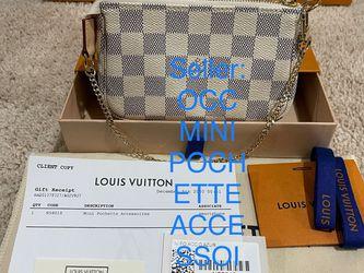 BRAND NEW AUTHENTIC LOUIS VUITTON Made In French 🇫🇷 PARIS LV WHITE CHECKER Damier Azur Beige Mini Pochette Accessoires 👜👛 💼 for Sale in SeaTac,  WA