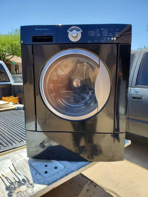 Frigidaire Frontloader Washer