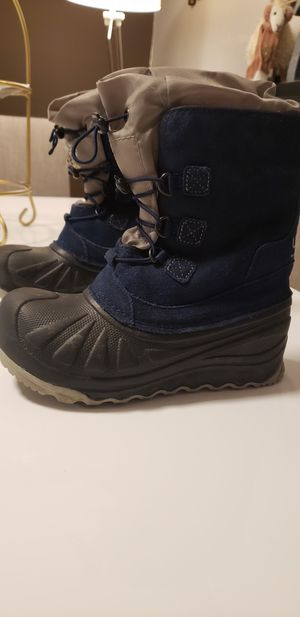 Brand new kids boys uggs snow boots for Sale in Staten Island, NY