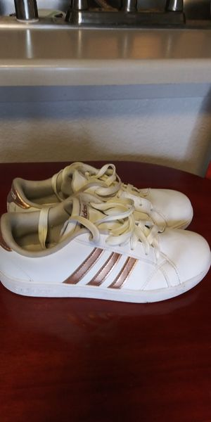 Adidas white and rose gold . girls size 4 1/2 for Sale in Tacoma, WA