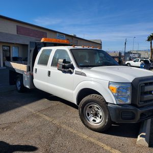 2011 F350 Super Duty Flatbed for Sale in Sunrise Manor, NV