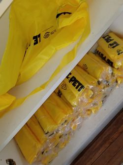 Duffle Bag Each for Sale in Palm Beach,  FL