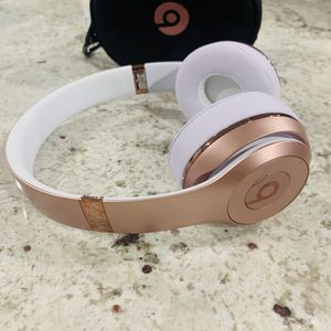 Beats by Dr Dre Solo3 Wireless Headphones Rose Gold for Sale in Los Angeles, CA
