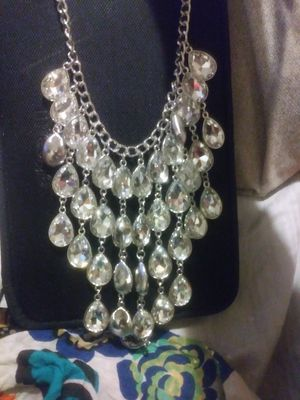 Diamond drop necklace set with earrings for Sale in Tampa, FL