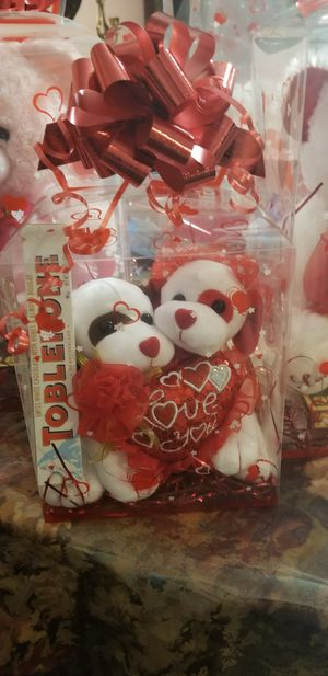 Teddy bears/peluches/HAPPY VALENTINE'S DAY for Sale in Los Nietos, CA