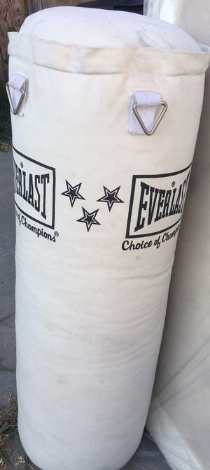 Evealast mma/punching/workout bag for Sale in Monterey Park, CA