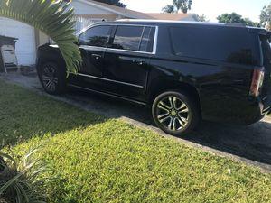 Oem GMC Yukon Denali rims for Sale in Miami, FL
