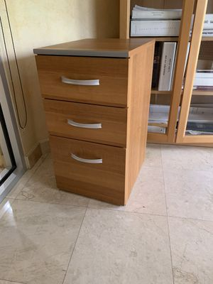 Wooden drawers for Sale in Miramar, FL