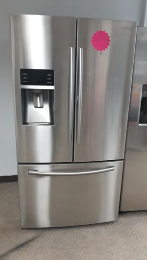 Stainless steel French doors refrigerator excellent condition for Sale in Laurel, MD