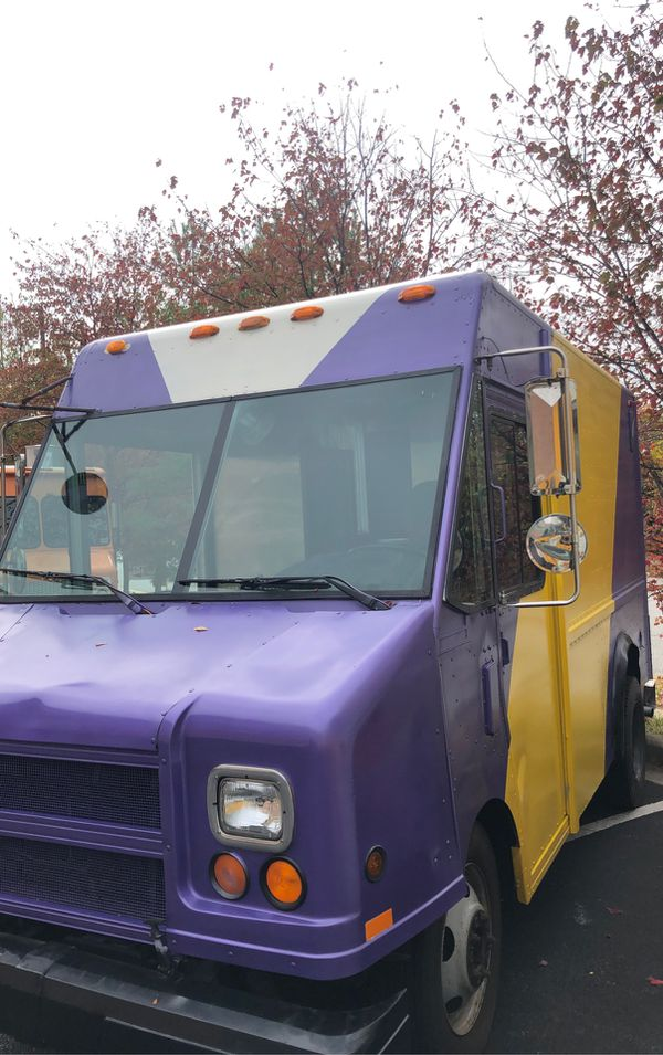 Food Truck DC Kabob/Gyro 18' 1997 GMC Utilitimaster Low Miles