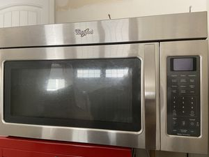 Microwave - whirlpool - above range for Sale in Cedar Park, TX