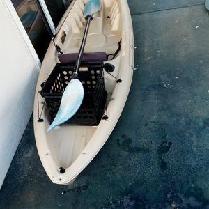 Pelican 100 Angler Fishing Kayak for Sale in Escondido, CA