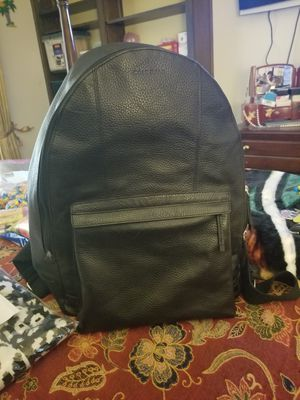 Black leather backpack for Sale in Stone Mountain, GA