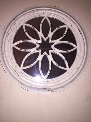 White round mirror for Sale in Midland, TX