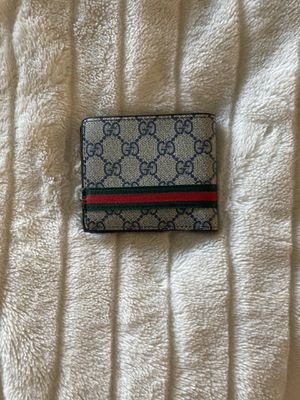 Gucci wallet for Sale in Naples, FL