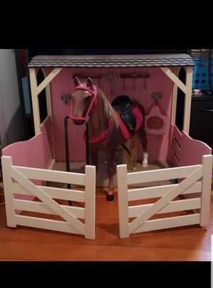 "Toy ""horse & stable"" for Sale in Vallejo, CA"
