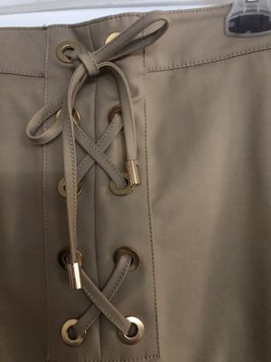 Michael Kors beige shirt skirt. New. Pick up only. for Sale in Los Angeles, CA